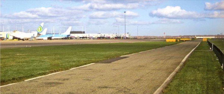 Bar Airport!